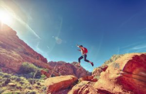 man_jumping_joyful_happy_athletic_outdoor_fun_sport-735705.jpg!d