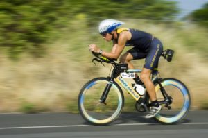 triathalon_cycling_racer_competition_training_athlete_bicycling_speed_endurance_fitness-911050.jpg!d